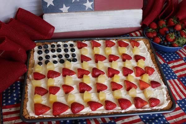 Patriotic Fruit Pizza with Pecan Shortbread Crust